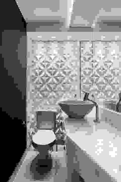 Baños de estilo  por Caio Prates Arquitetura e Design, Moderno Cerámico