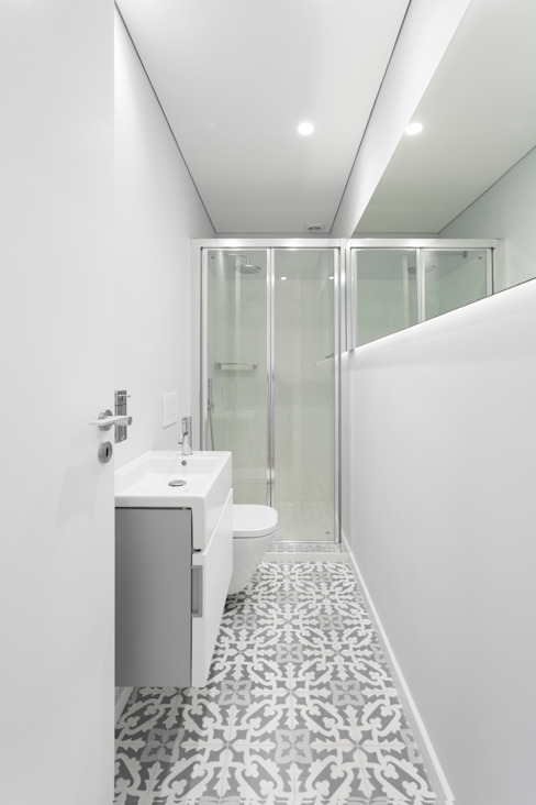 PAULO MARTINS ARQ&DESIGN Scandinavian style bathroom