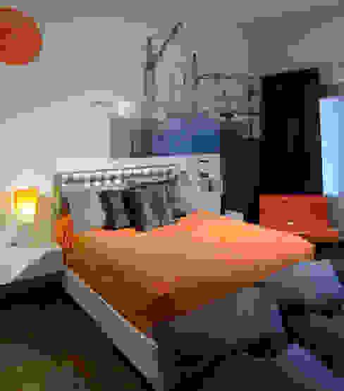 Residencia Valle Real: Recámaras de estilo  por Spacio, Moderno