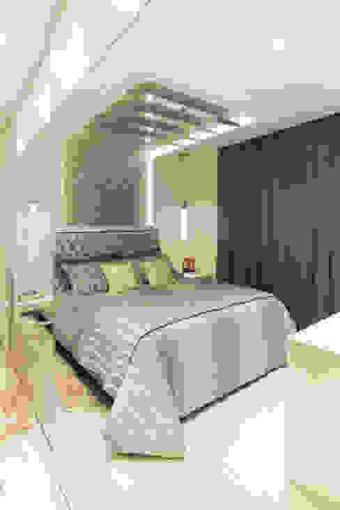 Dormitório Casal Quartos ecléticos por Ahph Arquitetura e Interiores Eclético