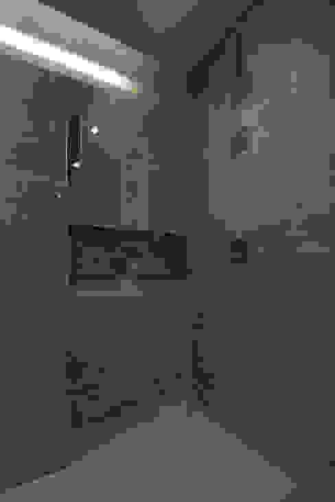 Cobble Hill Townhouse Modern Bathroom by Sarah Jefferys Design Modern