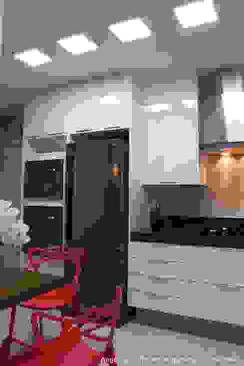 Paradiso Vila Mariana Cozinhas modernas por Angelica Hoffmann Arquitetura e Interiores Moderno