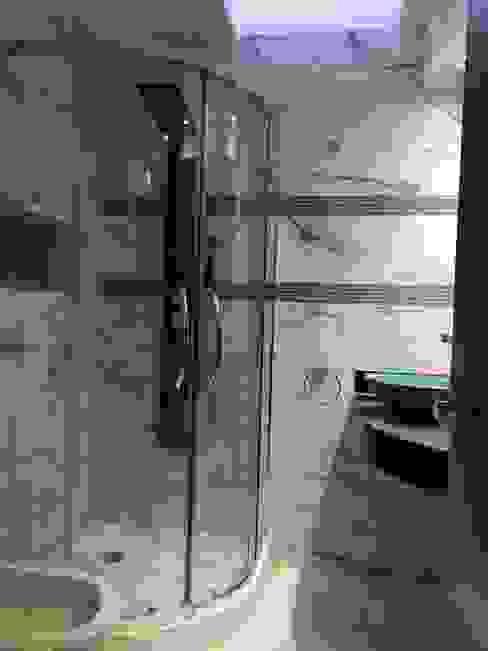 Baños de estilo  por ESTUDIO CRUZ, Moderno Cerámico