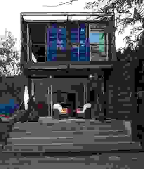 Casas de estilo  por james&mau , Industrial