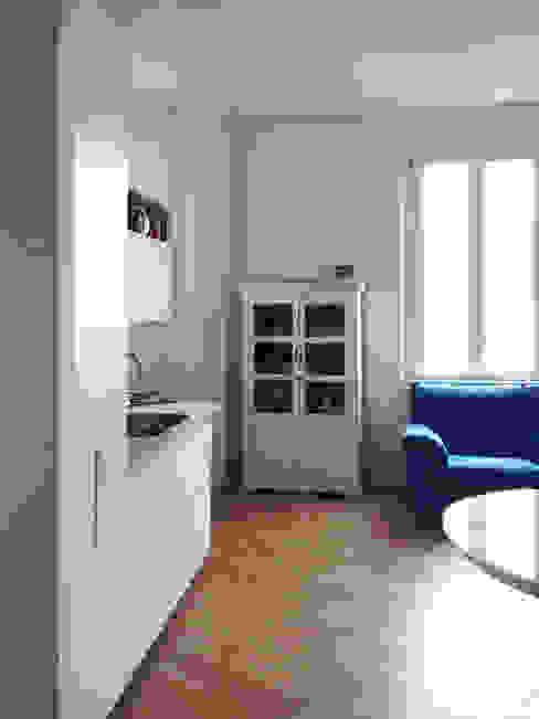 La cucina a vista: Cucina in stile  di Atelier delle Verdure, Scandinavo