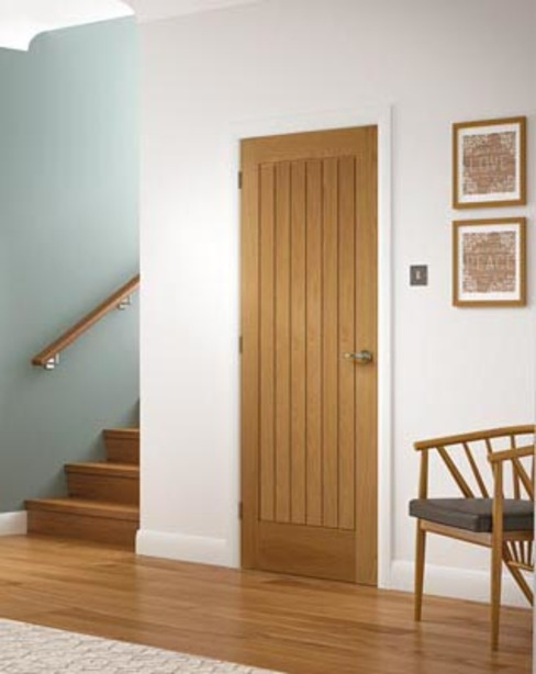 Suffolk style oak door Oleh Wonkee Donkee XL Joinery Klasik