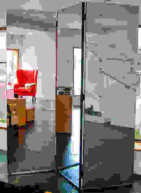 BIOMBO Guzman Studio VestiárioEspelhos