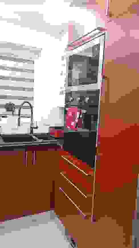 Cocinas de estilo  por Kleiderhaus ltd,