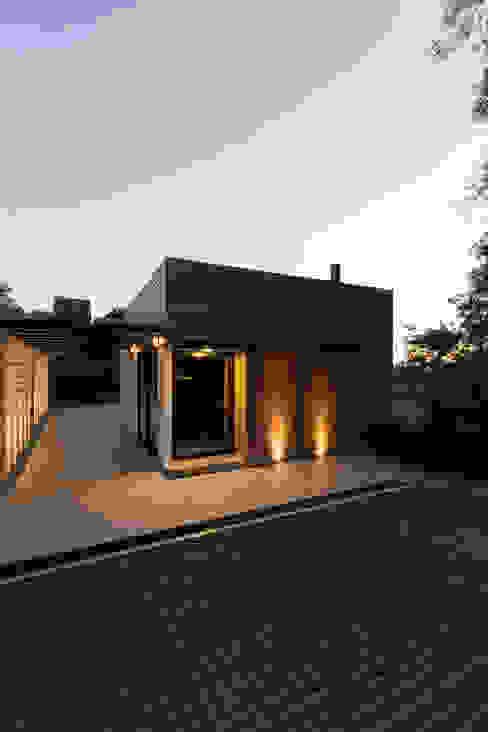 Casas de estilo  por sacha zanin arquiteta,