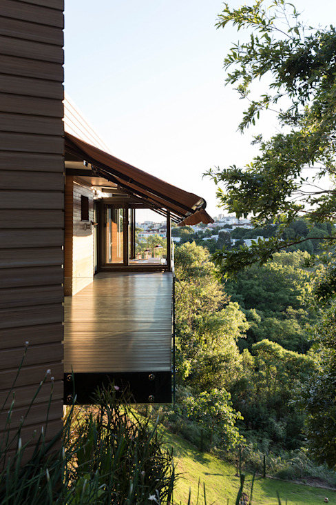 Casas de estilo  por sacha zanin arquiteta