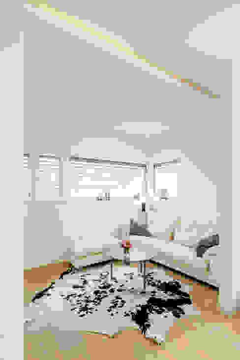 Moderne mediakamers van Ferreira | Verfürth Architekten Modern
