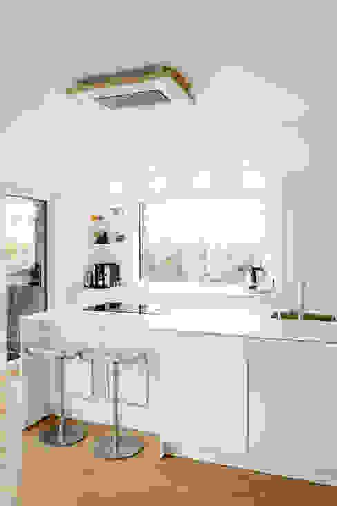 Haus P Moderne Küchen von Ferreira | Verfürth Architekten Modern