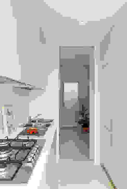 Keuken door studio wok,