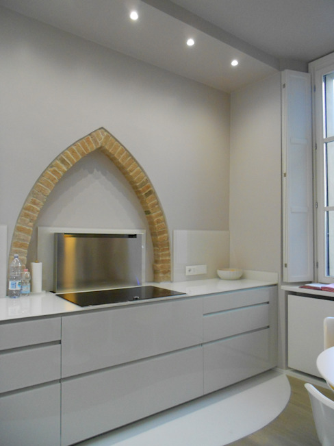 Kitchen by Studio arch. Orban Agota, Modern