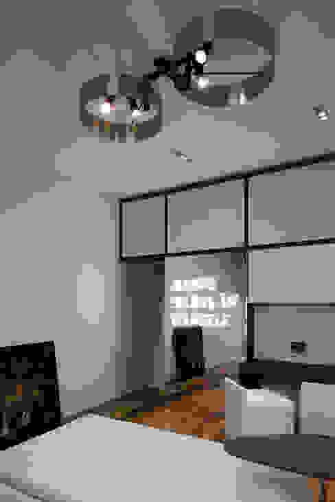 Salas de estilo minimalista de Mohamed Keilani Interiors Minimalista