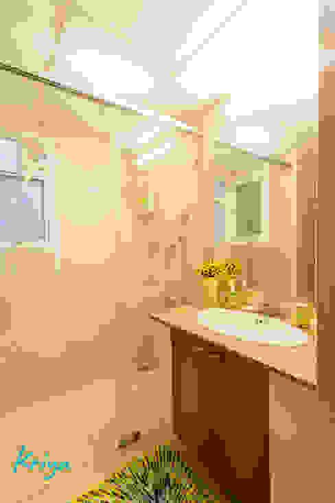 3 BHK apartment - RMZ Galleria, Bengaluru Modern bathroom by KRIYA LIVING Modern