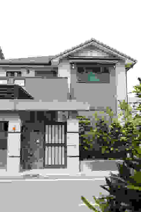 Nhà phong cách châu Á bởi 台日國際住宅股份有限公司 Châu Á