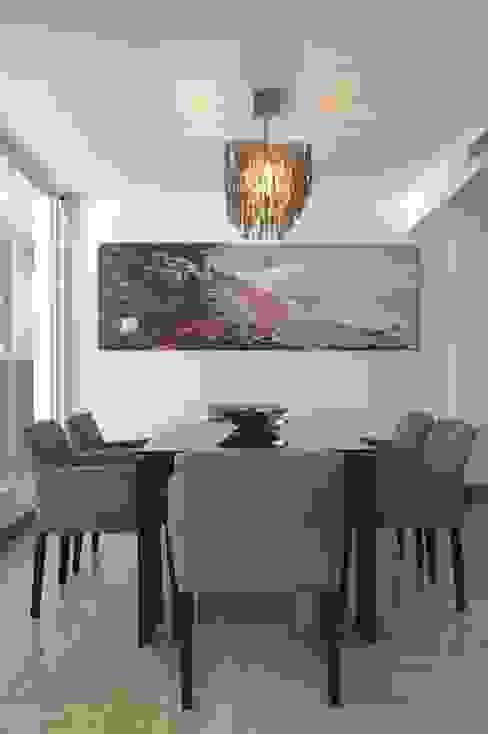 Casa 575 Comedores de estilo moderno de Arq Renny Molina Moderno
