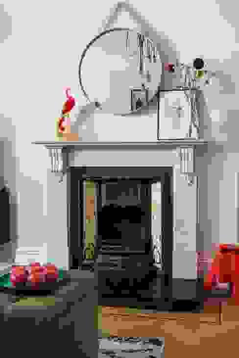 Whitehall Park Residential par SWM Interiors & Sourcing Ltd Classique Marbre