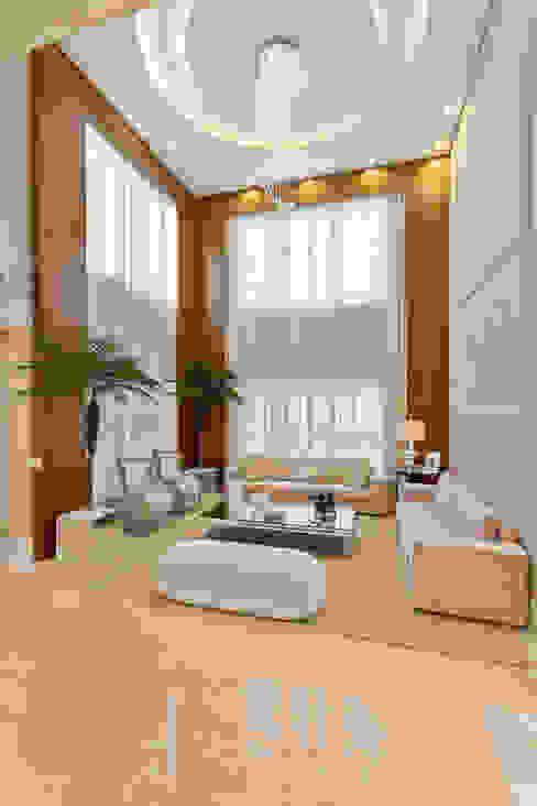 Casa Indaiatuba Designer de Interiores e Paisagista Iara Kílaris Salas de estar modernas Bege