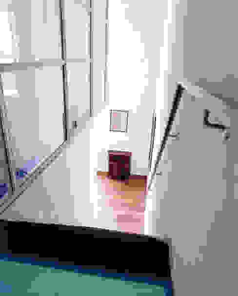 Pakhuis, Amsterdam Moderne gangen, hallen & trappenhuizen van VASD interieur & architectuur Modern