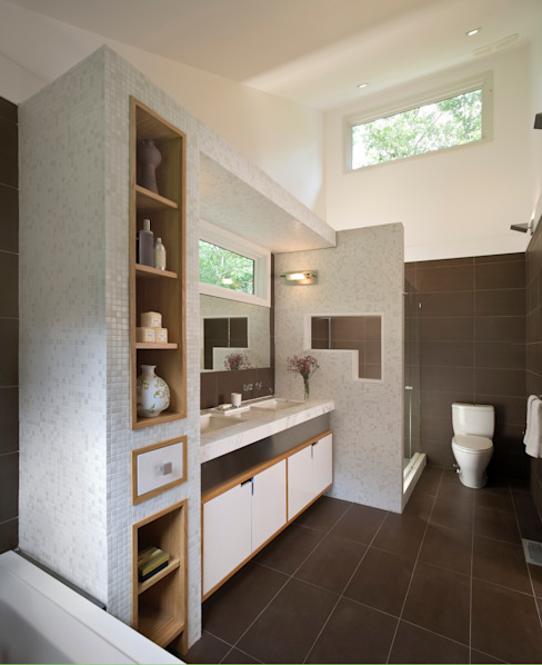 Whale Rock House Modern Bathroom by Eisner Design Modern