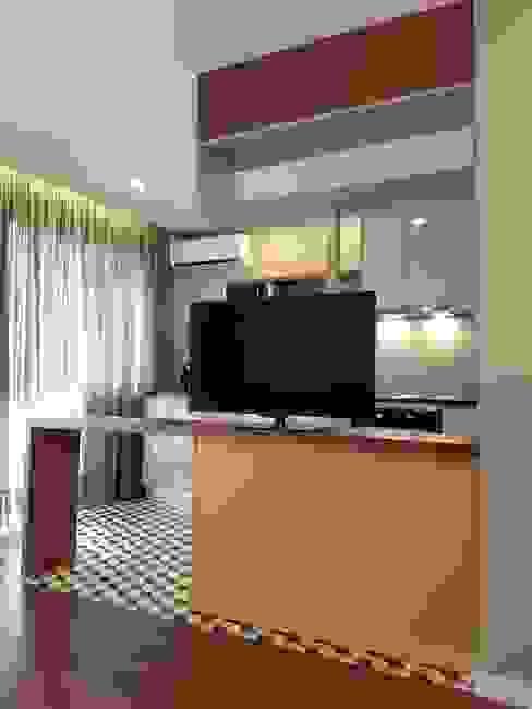 Detalhe Cozinhas modernas por Alma Braguesa Furniture Moderno