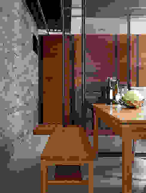 大集國際室內裝修設計工程有限公司 Comedores de estilo minimalista