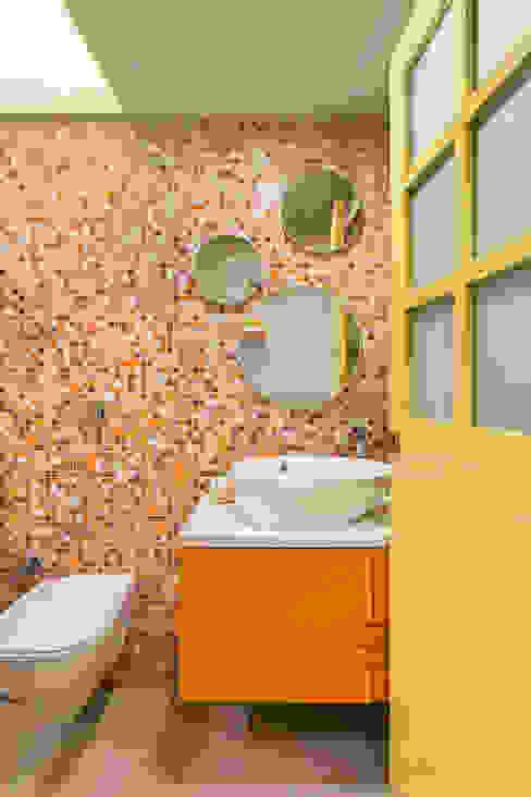Colourful Wall-Tiled Washroom Modern bathroom by The design house Modern Tiles