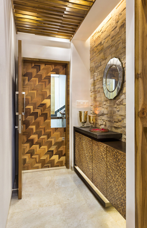 Warmly Lit Corridor Modern corridor, hallway & stairs by The design house Modern Wood Wood effect