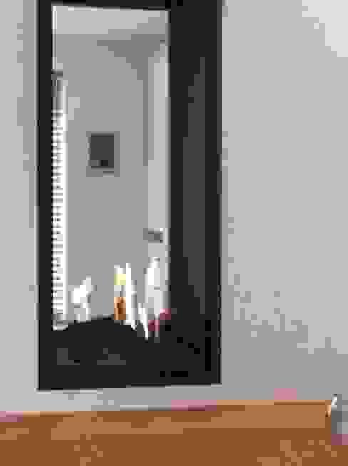 Uitbreiding Villa in Laren, 2 troeven in 1 Moderne eetkamers van Studio Inside Out Modern Aluminium / Zink