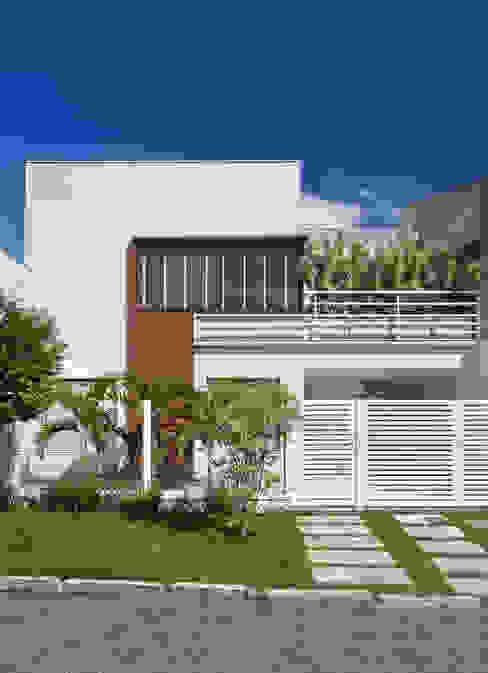 Rumah Modern Oleh Virna Carvalho Arquiteta Modern
