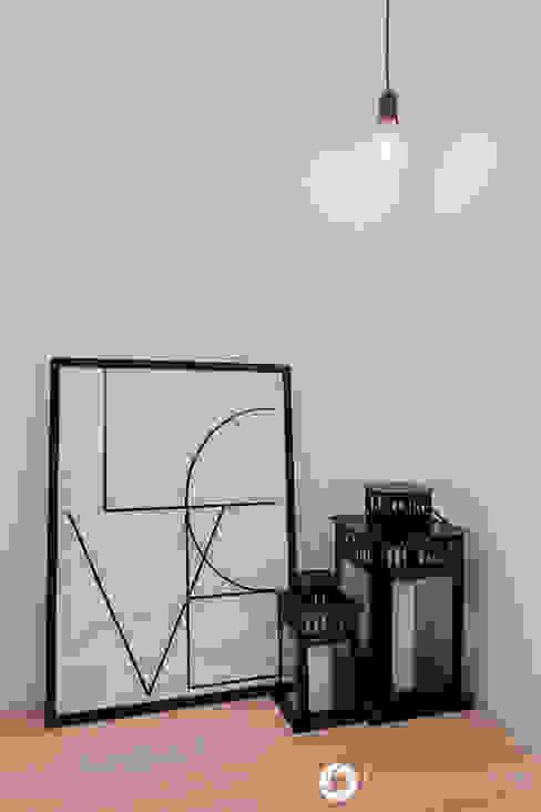 Коридор, прихожая и лестница в модерн стиле от Michał Młynarczyk Fotograf Wnętrz Модерн