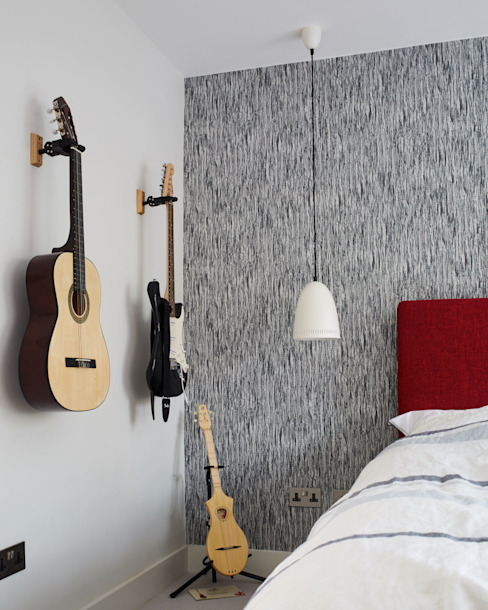 Teenager's bedroom Jam Space Ltd Eclectic style bedroom