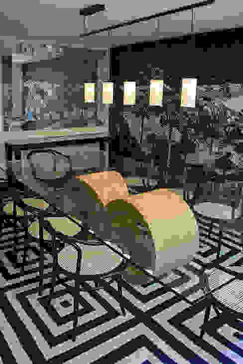 comedor Comedores de estilo ecléctico de Thomas Löwenstein arquitecto Ecléctico Madera Acabado en madera