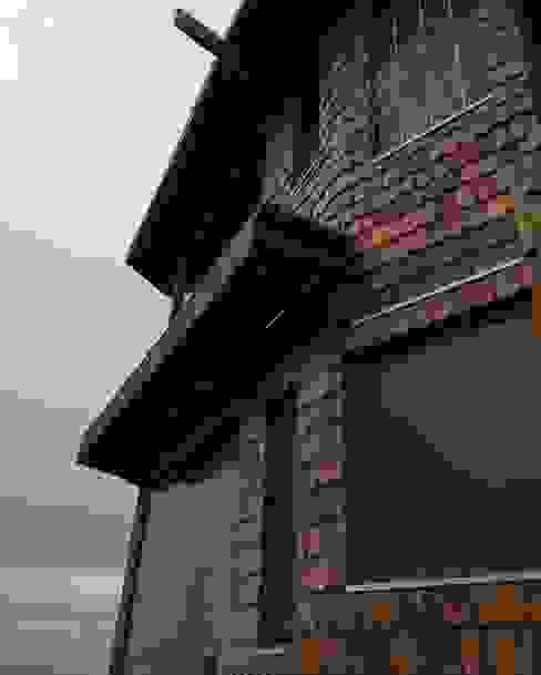 CASA INFIERNILLO Casas de estilo rústico de BLAC arquitectos Rústico Madera Acabado en madera