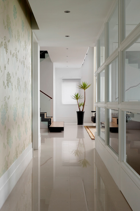 Flur & Diele von 誼軒室內裝修設計有限公司