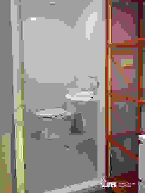 主臥洗手間 以恩室內裝修設計工程有限公司 浴室
