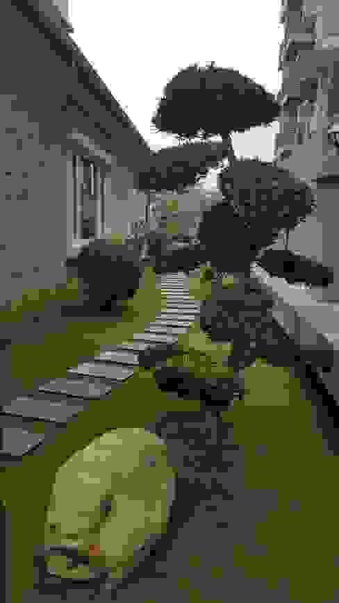 Jardines de estilo rústico de 霖森園藝 Rústico