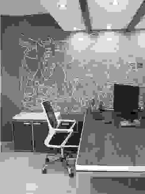 Puesto de trabajo: Estudios y oficinas de estilo  por TORRETTA KESSLER Arquitectos,Moderno Contrachapado