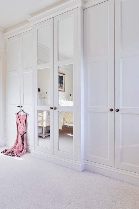 Bespoke wardrobe: country  by Purdom's Bespoke Furniture, Country Wood Wood effect