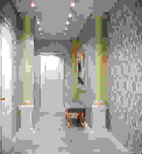 """Дизайн холла в классическом стиле в квартире в ЖК """"Европейский"""", г.Краснодар Коридор, прихожая и лестница в классическом стиле от Студия интерьерного дизайна happy.design Классический"""