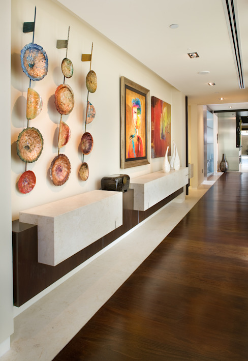 Penthouse Posh - Entry Modern corridor, hallway & stairs by Lorna Gross Interior Design Modern