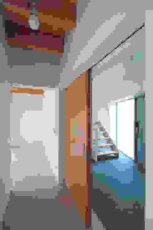 Koridor dan lorong oleh supa schweitzer song, Modern