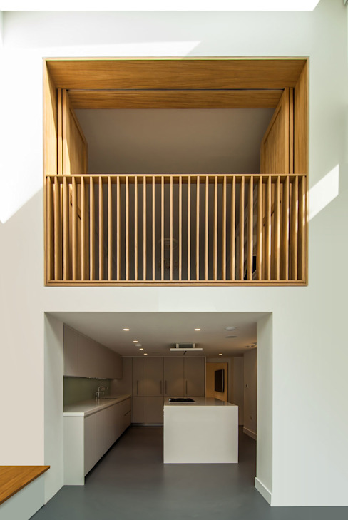 DE BEAUVOIR SQUARE:  Dining room by Bradley Van Der Straeten Architects,