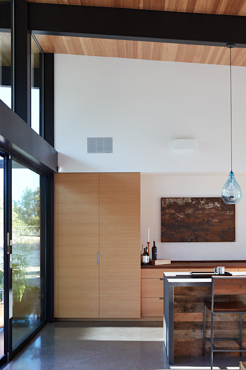 Sacramento Modern Residence by Klopf Architecture Modern Kitchen by Klopf Architecture Modern