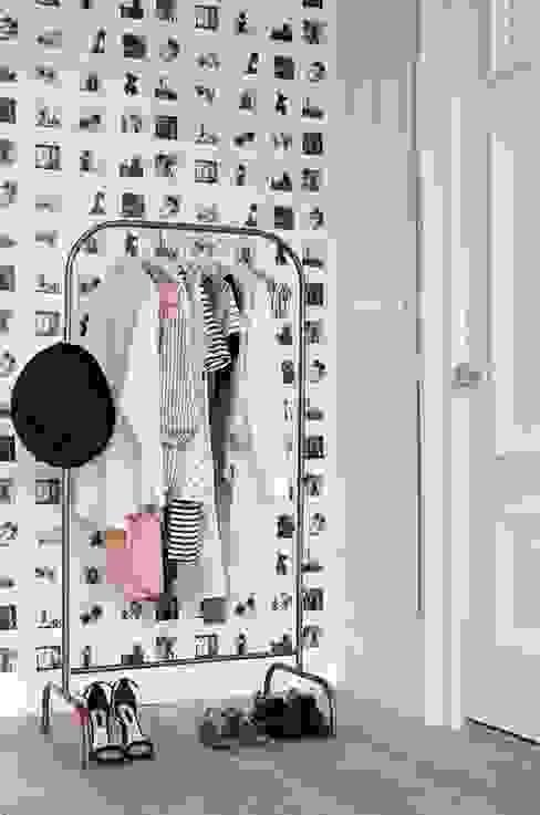 vliesbehang polaroid foto's beige en licht roze van ESTAhome.nl Rustiek & Brocante