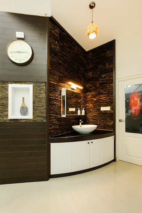 A Young & Youthful Design Classic style corridor, hallway and stairs by Premdas Krishna Classic