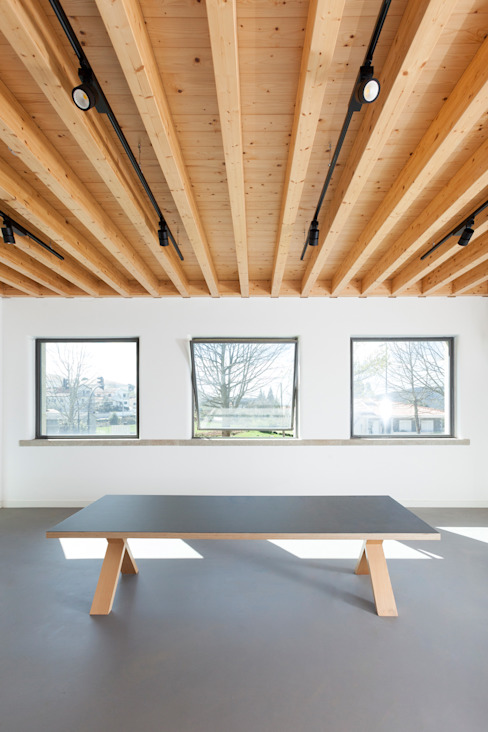 Gabriela Pinto Arquitetura Ruang Studi/Kantor Modern