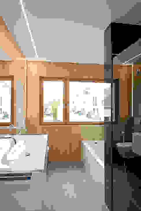 Moderne badkamers van massive passive Modern